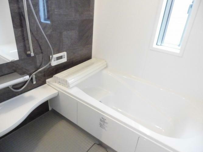 浴室 1坪タイプのバスルーム