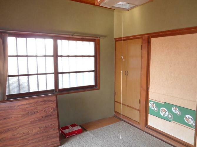 和室 1階玄関横の和室