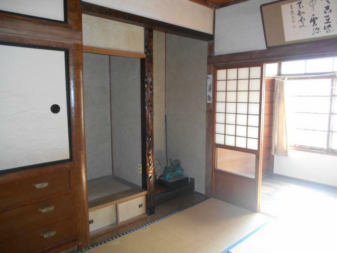 和室 1階床の間付の和室