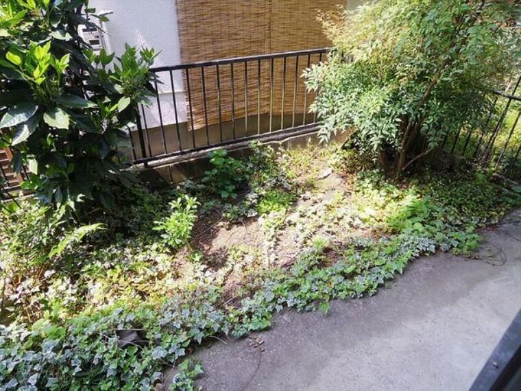 庭 専用庭付きでガーデニングが楽しめます