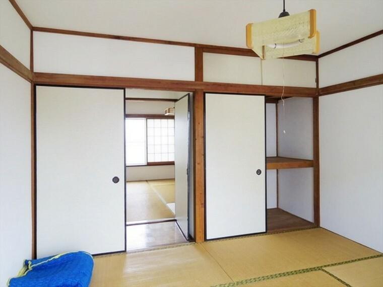 和室 2階もう一つの和室は子供部屋にしても
