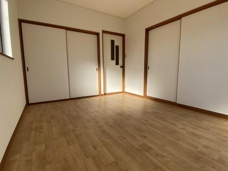 洋室 寝室・2階6帖の洋室