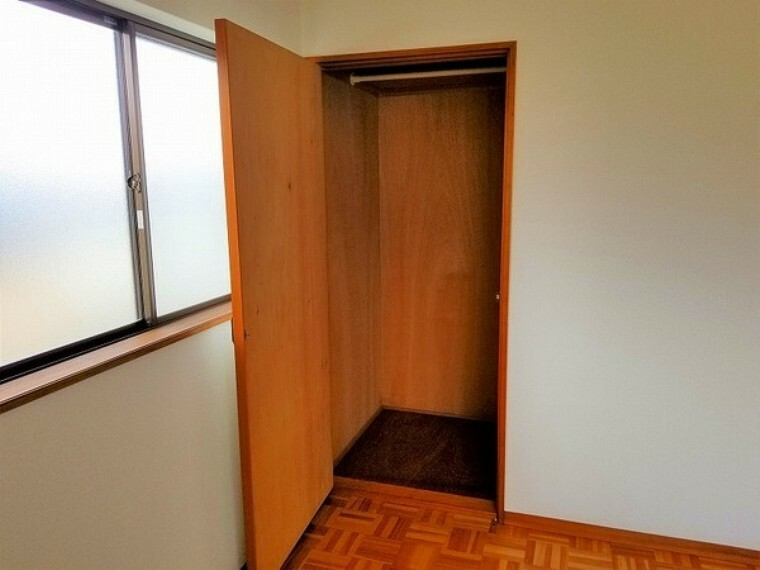 洋室 洋室・2階4.5帖洋室収納