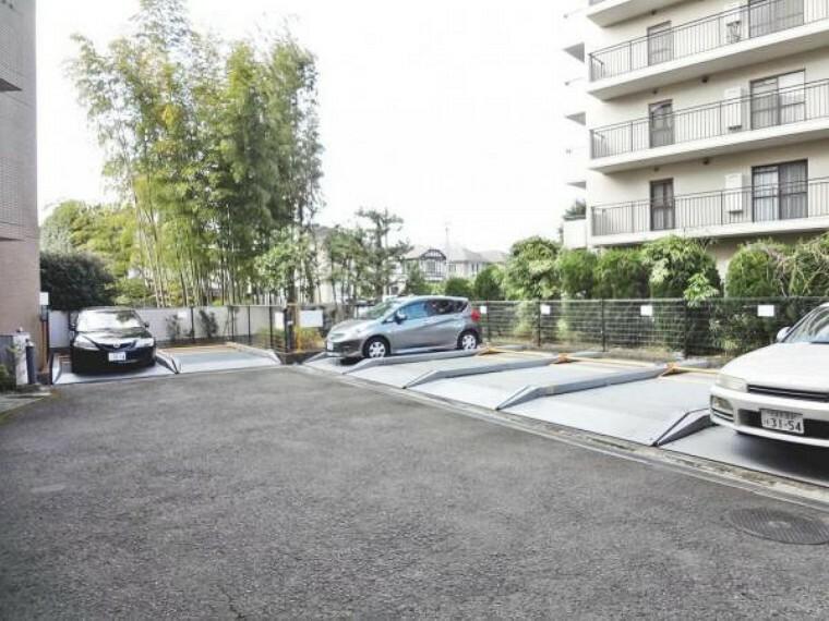 駐車場 駐車場.