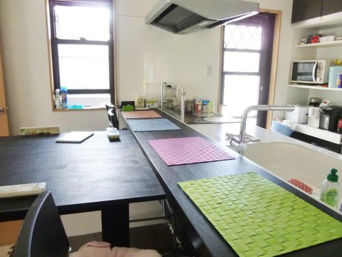 キッチン キッチンには4人掛けのカウンター付き。ダイニングテーブルを使わなくても食事ができますよ。