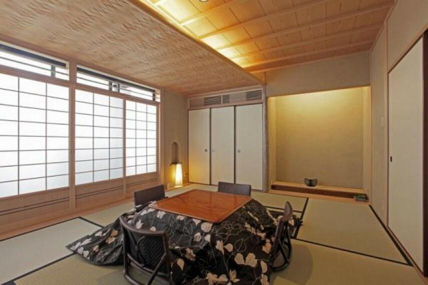 和室 1階和室11帖は畳の間で落ち着ける空間。