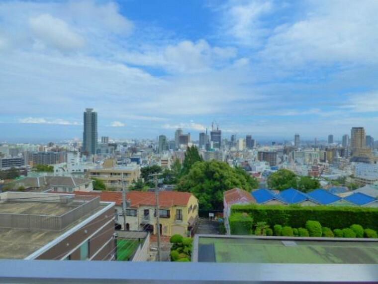 眺望 3階リビングより南方面を望みます。