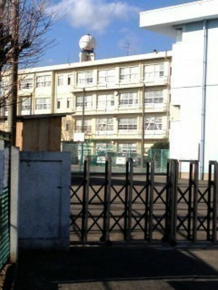 周辺の街並み 清水第一中学校