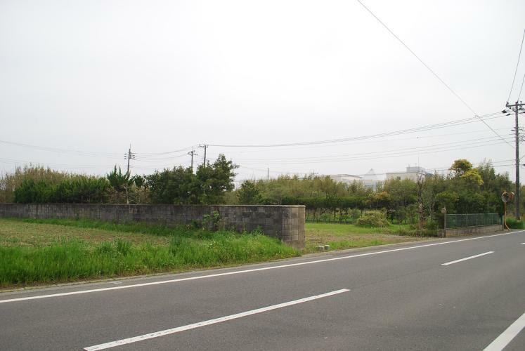 現況写真 県道沿いの整形地