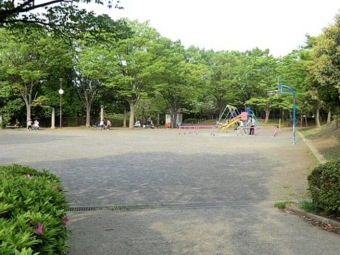 荏子田公園徒歩9分