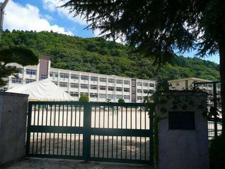 中学校 神戸市立山田中学校 神戸市立山田中学校