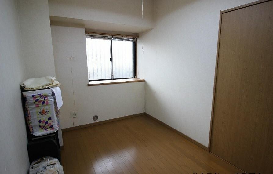 洋室 4.35帖居室