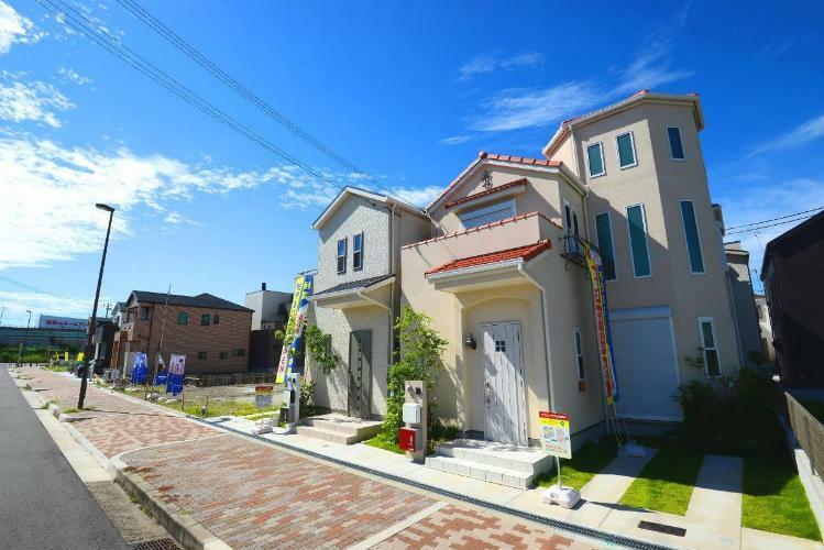 現況写真 現地モデルハウス2邸誕生!大阪市内、庭付き二階建ての街が全77区画でデビュー!!※現地の様子(2019年9月撮影)