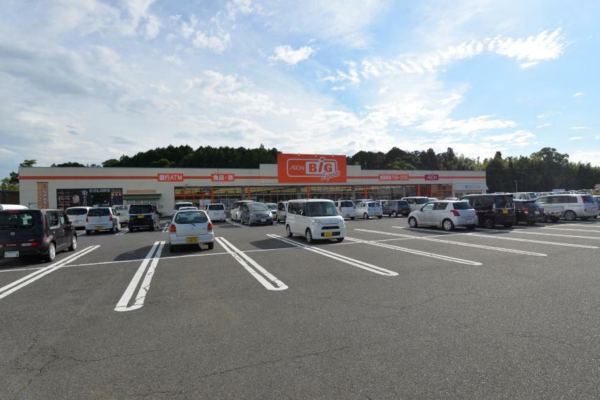 スーパー ザ・ビッグ甲南店 車3分 ■7:00-21:00 朝7時からの開店が便利