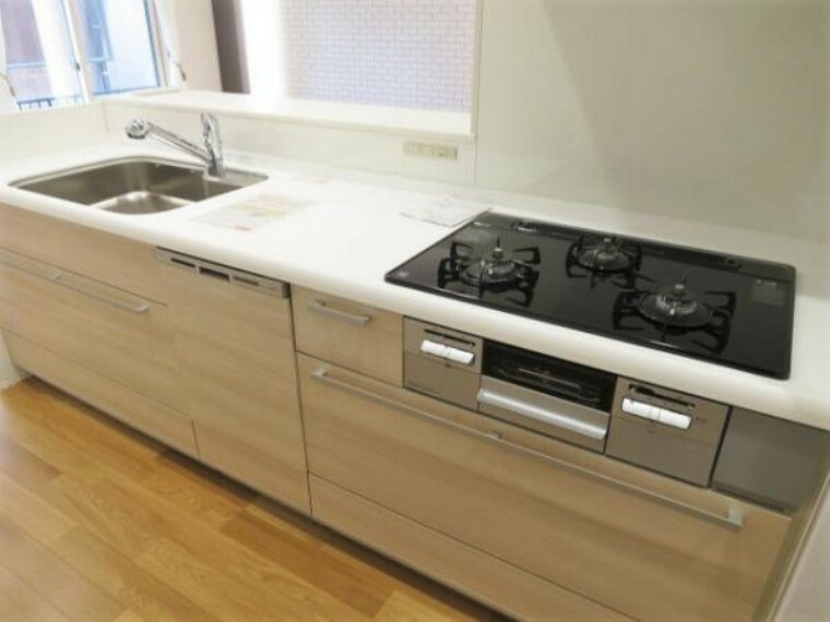 キッチン 食器洗浄乾燥機搭載キッチンで洗い物の負担も軽減されますね