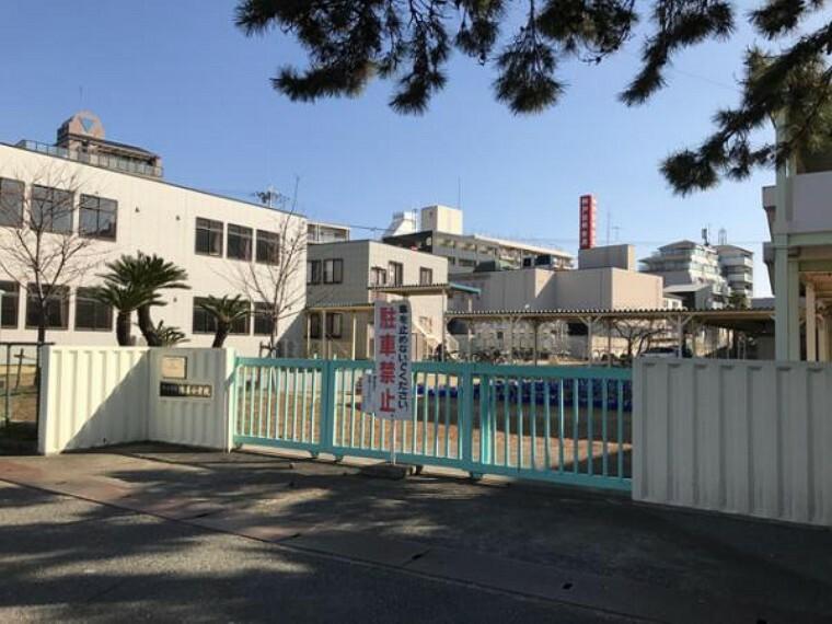 小学校 明石市立錦浦小学校!『錦浦』と書いて現在は『きんぽ』と読みますが、かつては『にしきがうら』と呼ばれており、地名にも深い歴史がある学校です