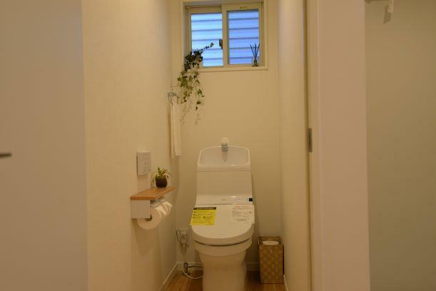 トイレ 1階2階ともにウォシュレット機能付トイレ完備です