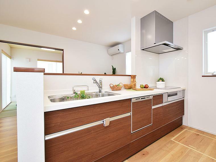 キッチン 【ZEH+リチウムイオン蓄電池付】I-17号地モデルハウス