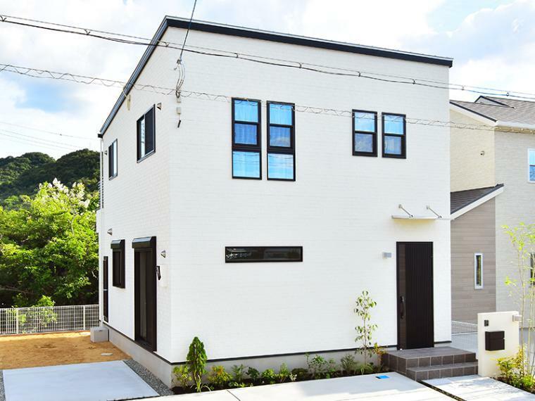 現況外観写真 【ZEH仕様+IOT仕様付】8号地モデルハウス 総額2,845万円(消費税込、外構、植栽、ガーデニング付)