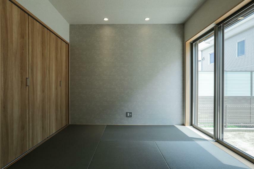 和室 くつろぎの和室。建具を開ければLDKと繋がり、より開放的な空間が生まれます。(B19-7号棟)