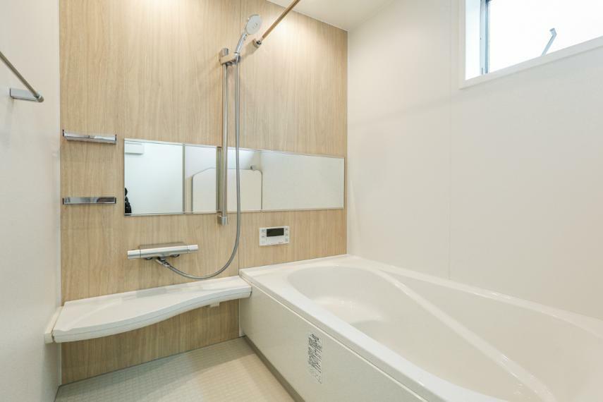 浴室 ゆったりとした時間を過ごせるくつろぎのバスルーム。(B19-7号棟)