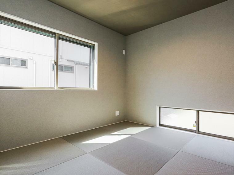 和室 キッチン横には親の目が届きやすい子供の遊び場にもなる和室を設置しました。(1号棟)