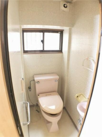 トイレ トイレ(和室5.5帖内)