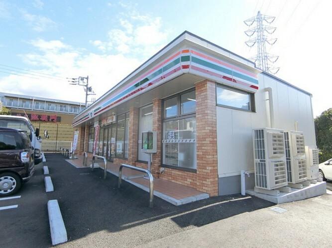 コンビニ セブンイレブン千葉高品町店