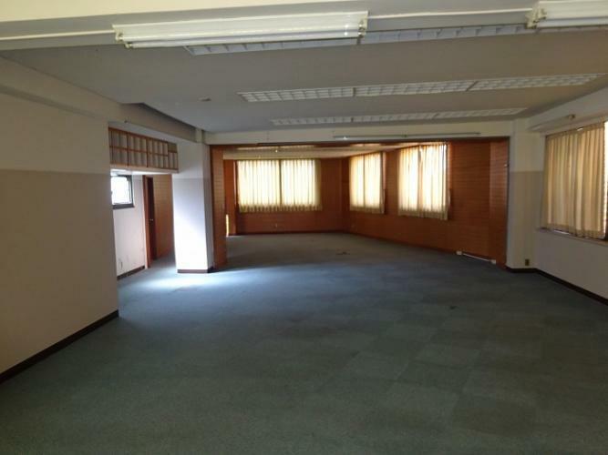 事務所:2階フロア