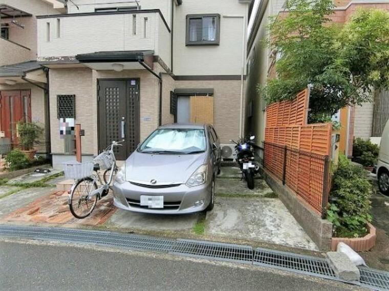 駐車場 駐車2台可!来客時にも嬉しいですね