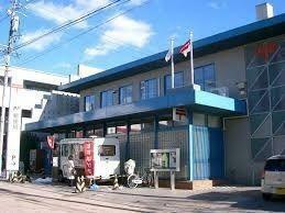 郵便局 軽井沢郵便局 徒歩5分。