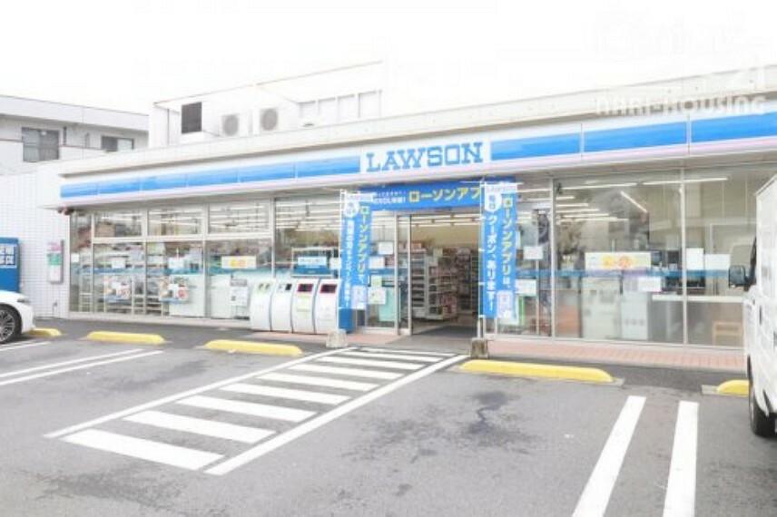 コンビニ 【コンビニエンスストア】ローソン瑞穂町武蔵店まで736m