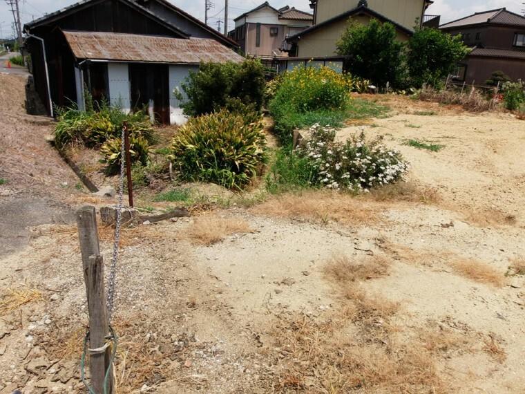 外観・現況 乙川小学校まで徒歩10分(約800m)のため、小さなお子様も無理なく通えます。
