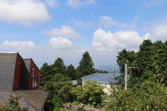 眺望 空気が澄んだ日は駿河湾沿いの夜景や富士山、アルプスなども望みます