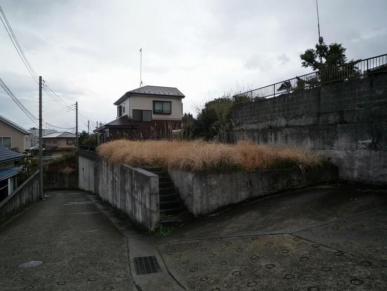 現況写真 土地面積は約42坪とゆとりある敷地です。