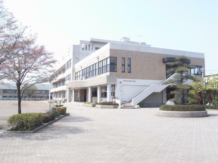 中学校 小山第二中学校