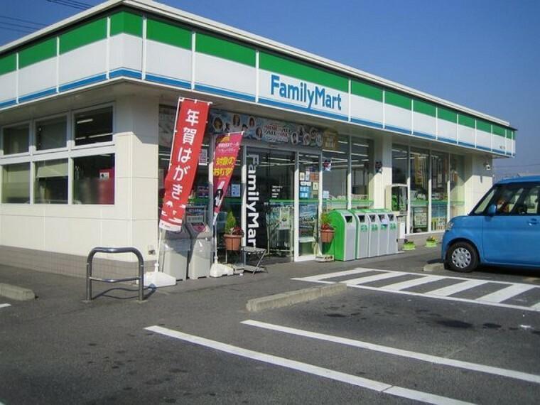 コンビニ ファミリーマート倉敷連島店