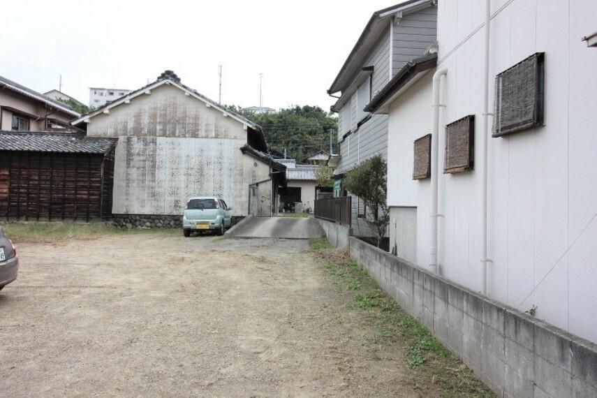 外観・現況 南陵中学校  徒歩39分(約3100m)