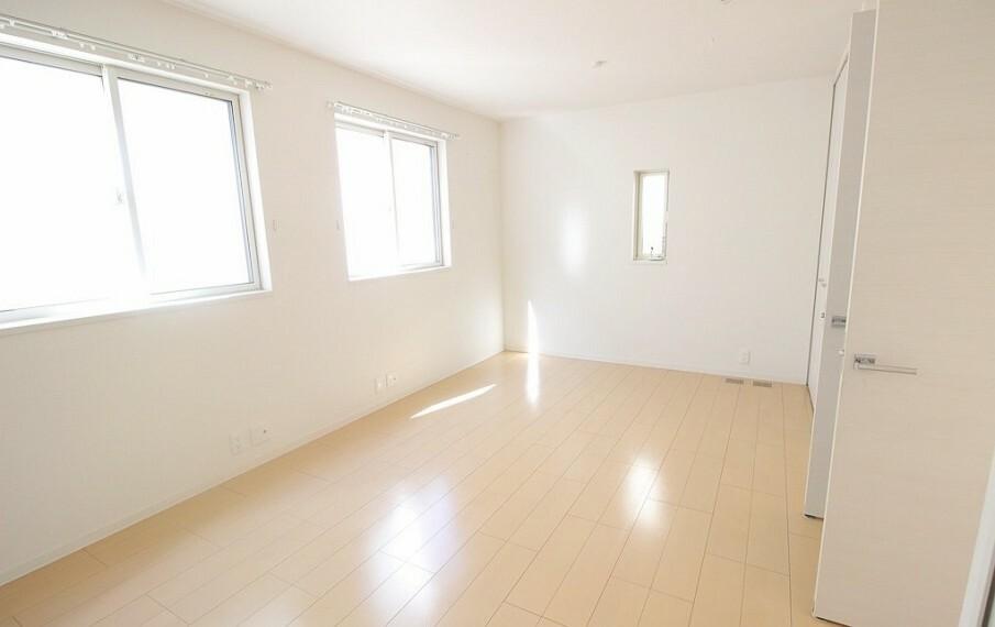 洋室 二階北西のお部屋。