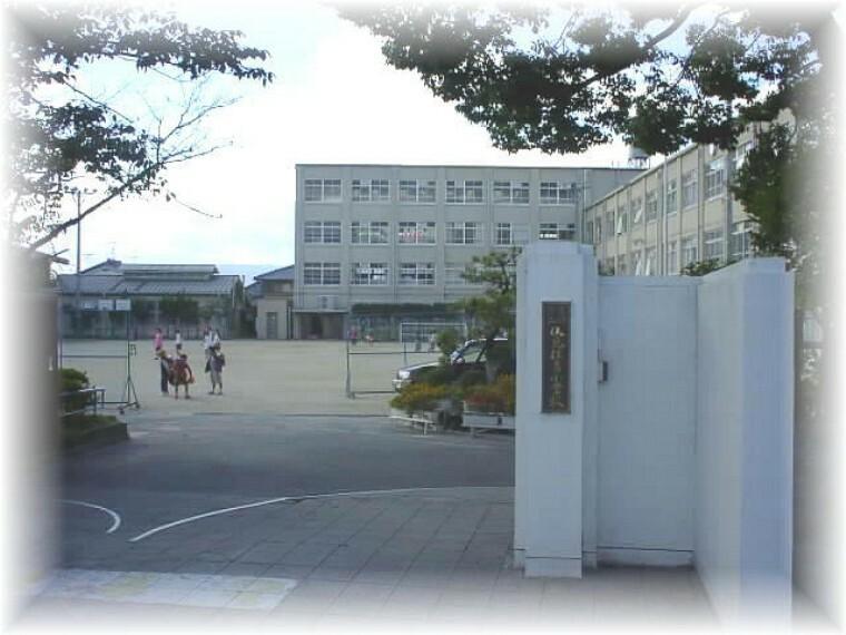小学校 【小学校】京都市立伏見住吉小学校まで285m