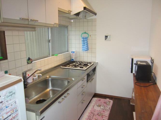 キッチン 3口コンロのキッチン