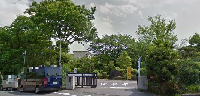 中学校 岡崎市立葵中学校 徒歩22分。