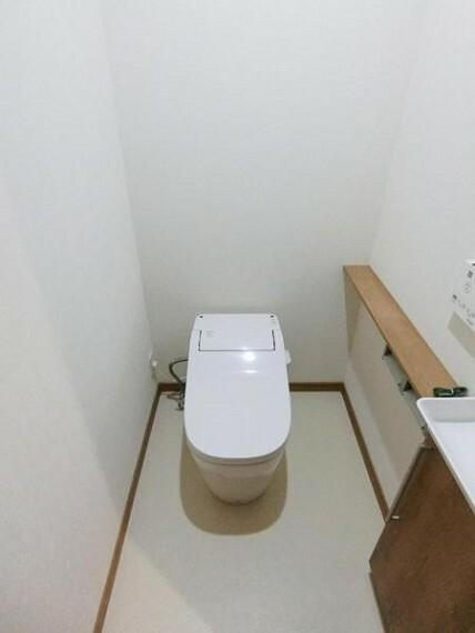 トイレ タンクレストイレで広く使えて見た目もスッキリ!