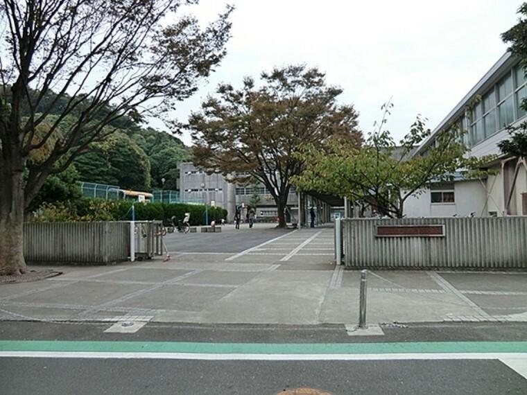 小学校 横浜市立間門小学校