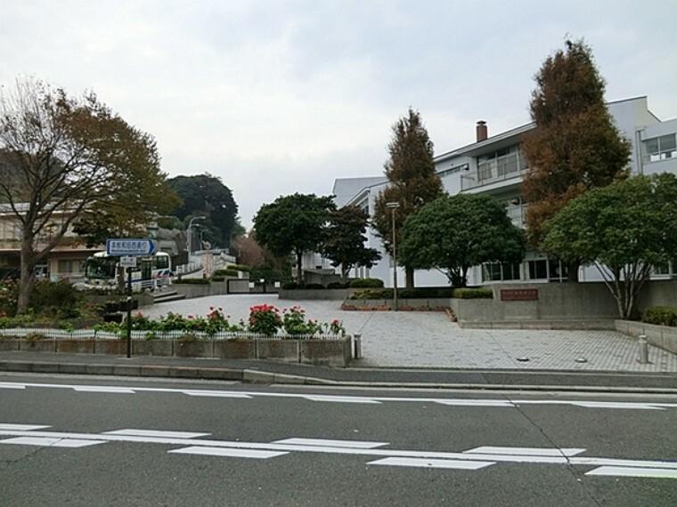 中学校 横浜市立本牧中学校