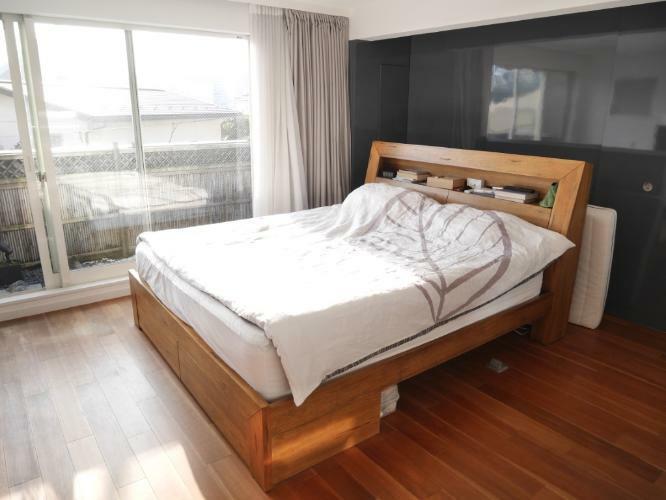 寝室 約11.3帖の主寝室
