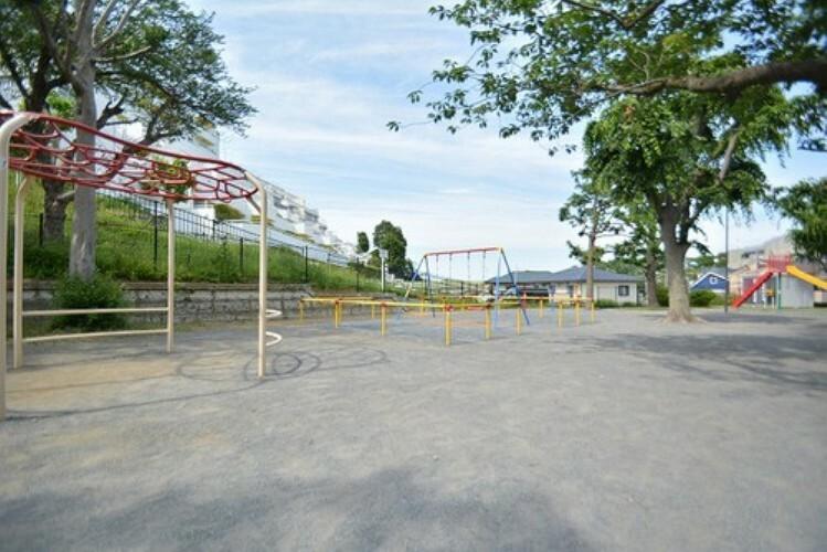 公園 三田第6公園 距離約300m