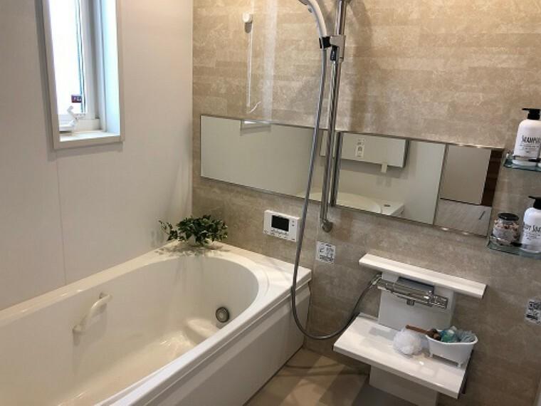 浴室 コモンガーデン桜川E棟:浴室 ■浴室換気乾燥暖房付き ※2020年6月撮影
