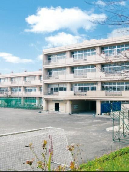 中学校 ■約1300m/徒歩17分