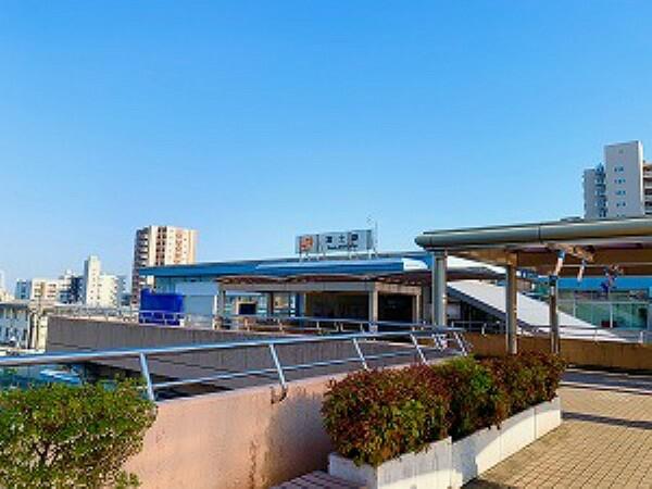 約1700m(徒歩約22分) 沼津駅まで約20分乗車、静岡駅まで約35分乗車